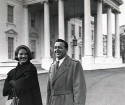 a7.albert.memoriam.whitehouse.story