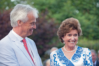 Dutch Envoy's Texas Bride Is All Business, Bliss and Charm
