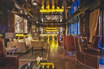 c2.hotel.bars.capella.story