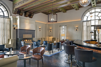 c2.hotel.bars.stregis.story