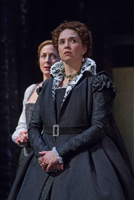 'Mary Stuart' Is Volatile Mix of Political Intrigue and Personal Torment