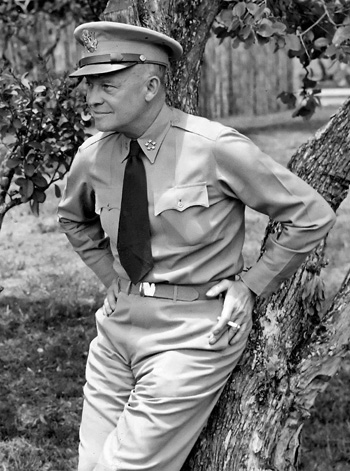 a8.dwight.eisenhower.general.story